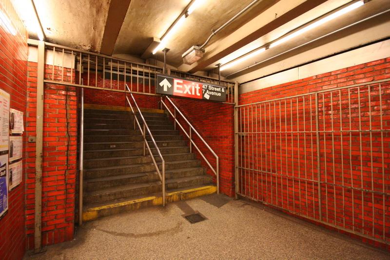 interno della metropolitana di Manhattan