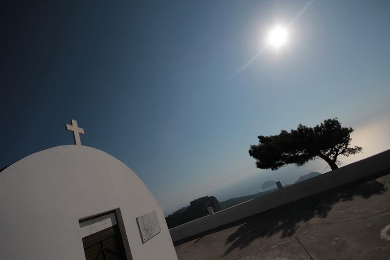 Chiesa nei pressi di Monolithos