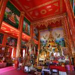 Interno di un tempio di Chang Rai al confine con la Birmania