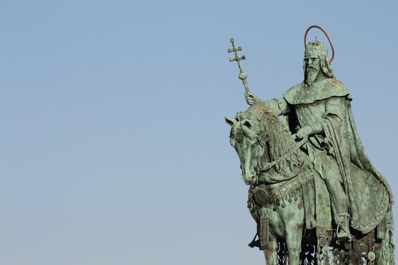 la statua di Santo Stefano d'Ungheria