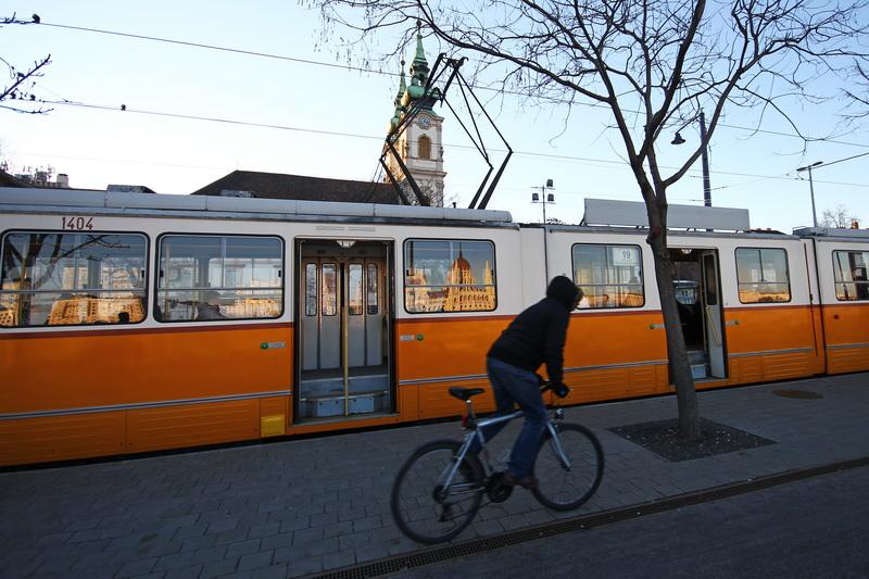 riflessi su un tram